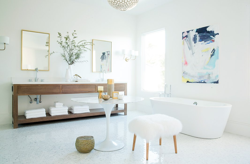 Gretchentransformed her own San Francisco home into the 2014 Decorist Showhouse, inviting 15 designers to design her space virtually. The master bathroom was designed by Chrissy Burgess.