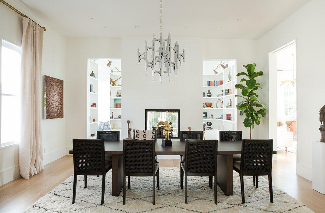 Simone Howell designed the dining room.