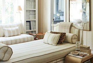 https://www.onekingslane.com/live-love-home/cozy-dens/