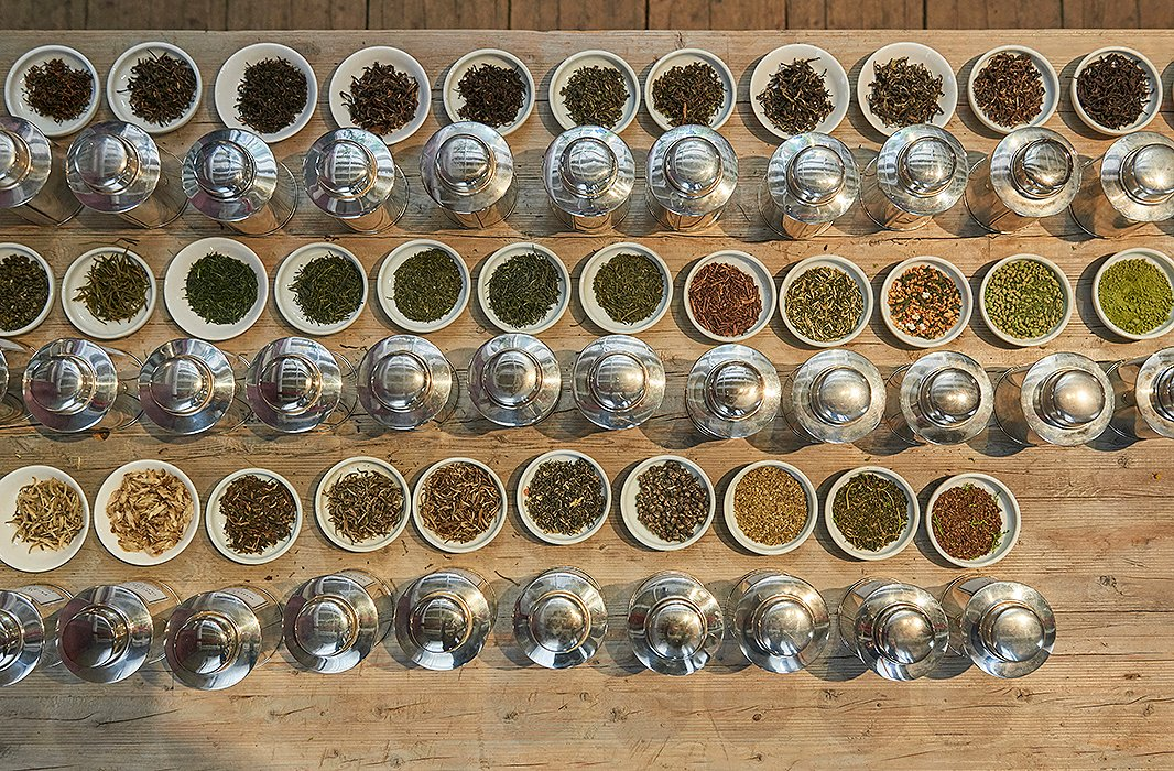 Bellocq's pure tea offerings range from Chinese pu-erhs to Japanese senchas to rare oolongs; the uniting quality is that every one is full leaf and single-estate grown. The majority are organic too.