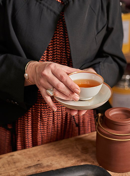 A well-brewed tea, with its fragrance and clear color, quickly becomes something you crave. Serving your perfect cup of tea in a delicate and beautiful cup only adds to any tea-drinking ritual.
