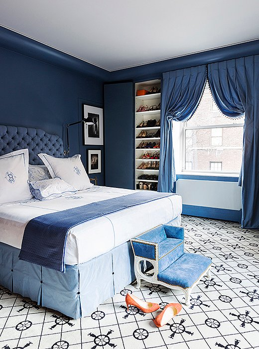 In a range of soothing blue tones, designer Kate Brodsky's monochromatic Manhattan bedroom radiates calm. Photo by Lesley Unruh.