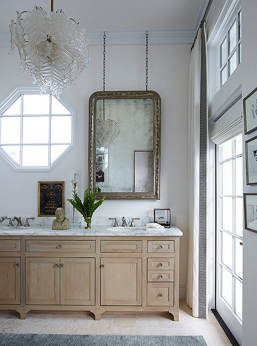 Add a beautiful statement piece to the bathroom