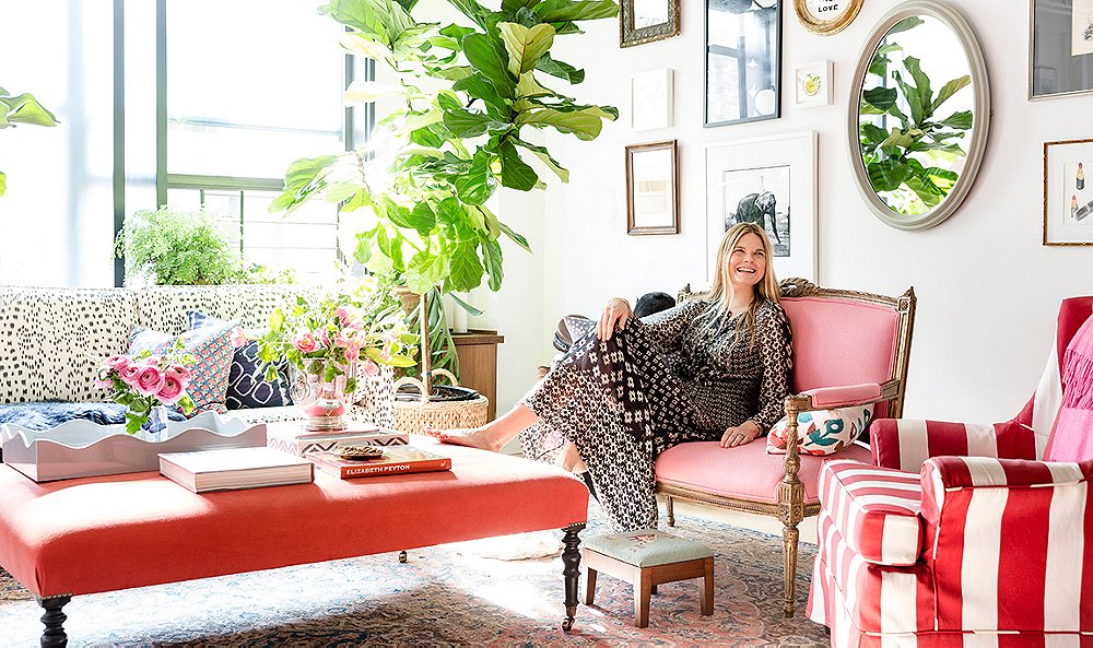 "Inside the Home of America's Favorite ""Creative Girl"""