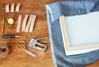 Picture of: How To Make A Gorgeous Diy Upholstered Headboard One Kings Lane