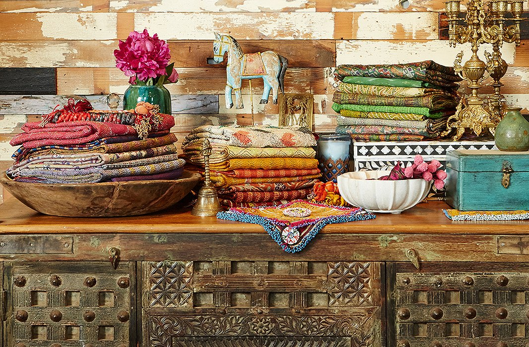 From suzani textiles to bone-inlay furnishings, De-Cor's haul straight from India includes some wildly gorgeous finds.