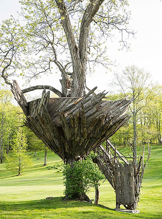 The sculptural treehouse was constructed by Roderick Romero.
