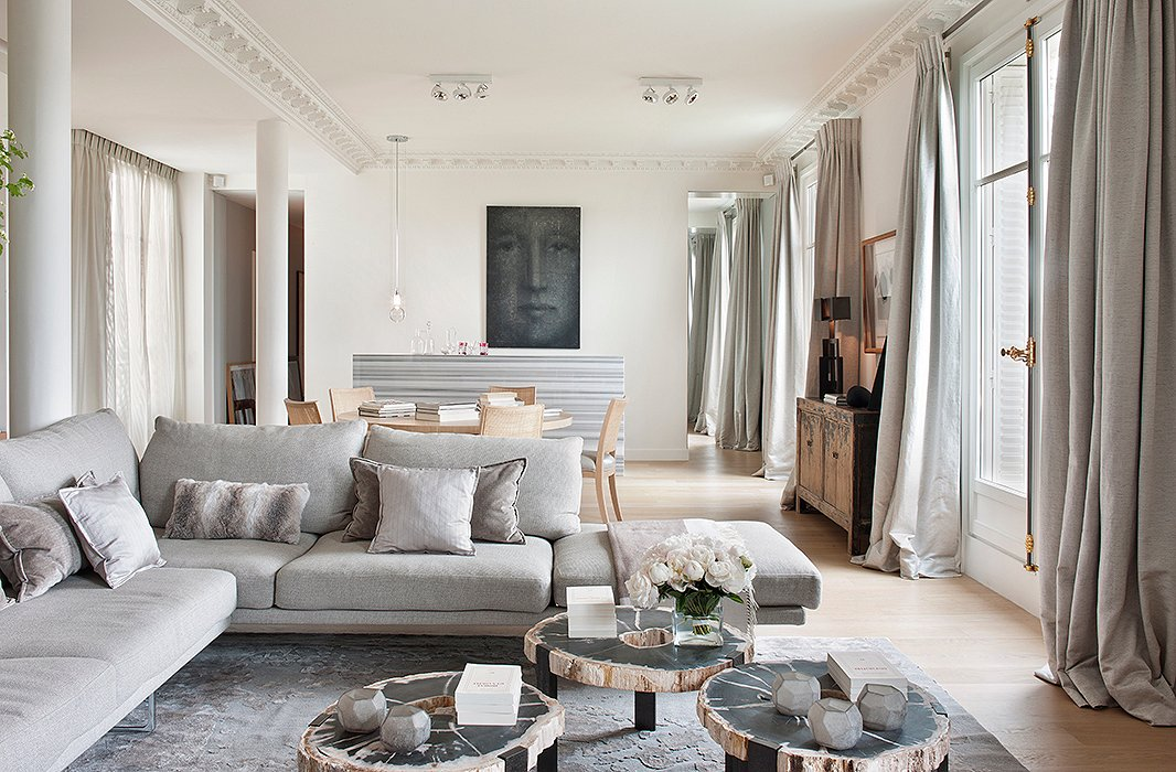 paris living room. Photo by Montse Garriga Interior Archive The Secrets of French Decorating  the Most Beautiful Paris Homes