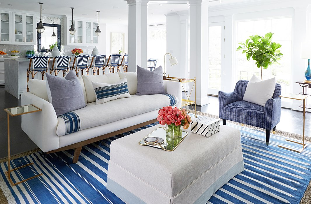 Blue And White Living Rooms 14 beautiful decorating ideas for blue and white