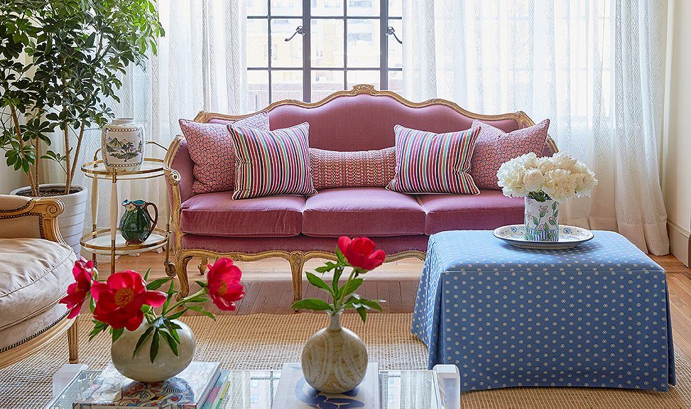 Inside a Fashion Buyer's Fabulously Colorful NYC Pad