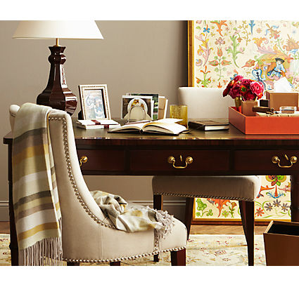 Choose a Stylish Desk