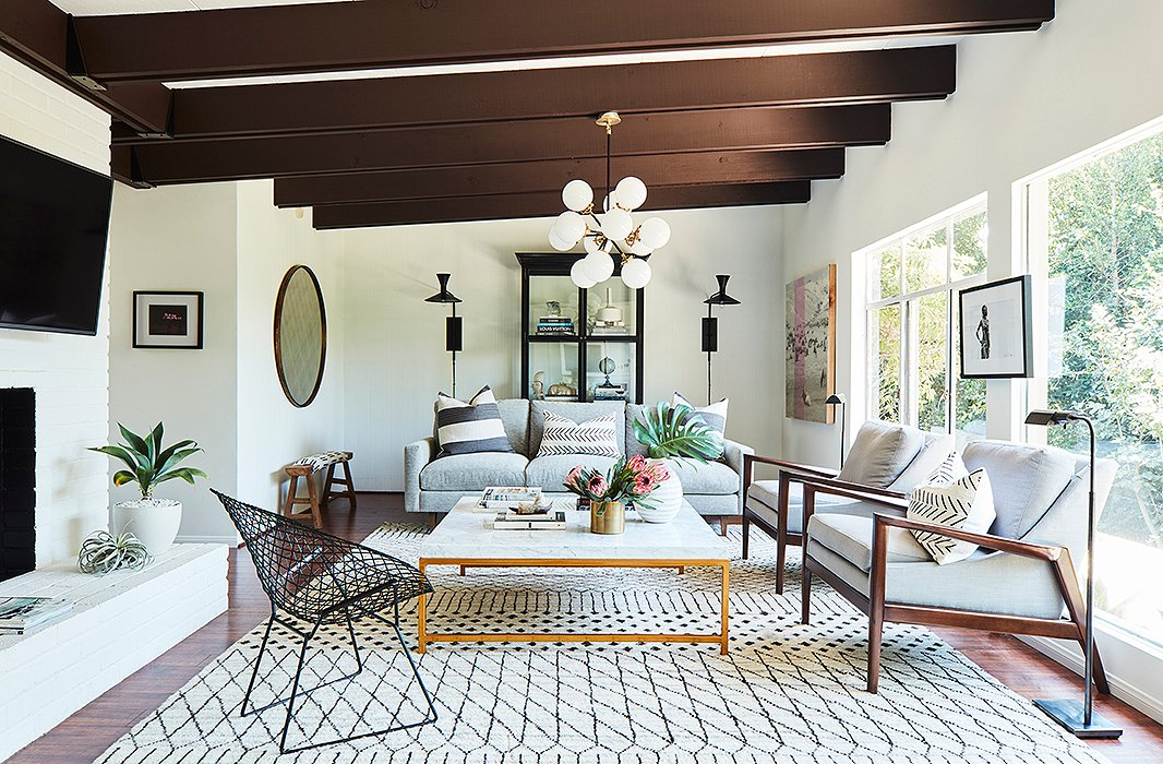 Our chic makeover for sophia bush s l a cottage Sophia house