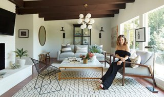 Our Chic, Cozy, Very California Makeover Of Sophia Bushu0027s L.A. Cottage