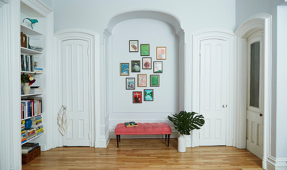 ae8a14c85a78 The Experts' Nitty-Gritty Guide to Framing and Hanging Art
