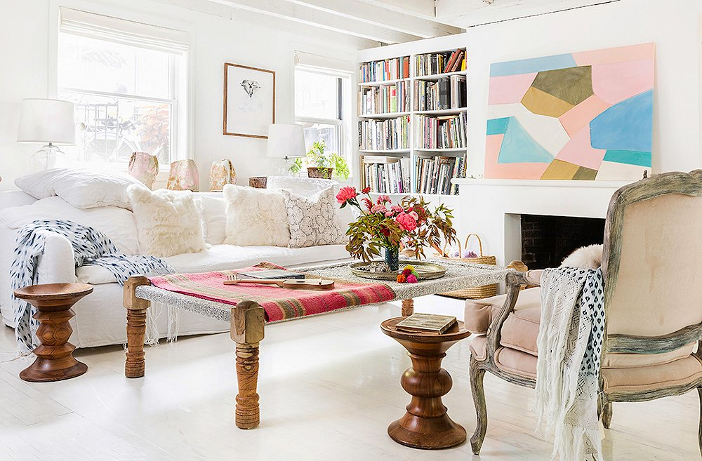 Our Favorite Ways to Decorate with Abstract Art