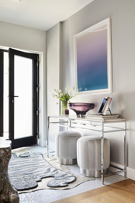 Dawn Wolfe's Twilight Ombré sets the tone for this cool and collected entryway.