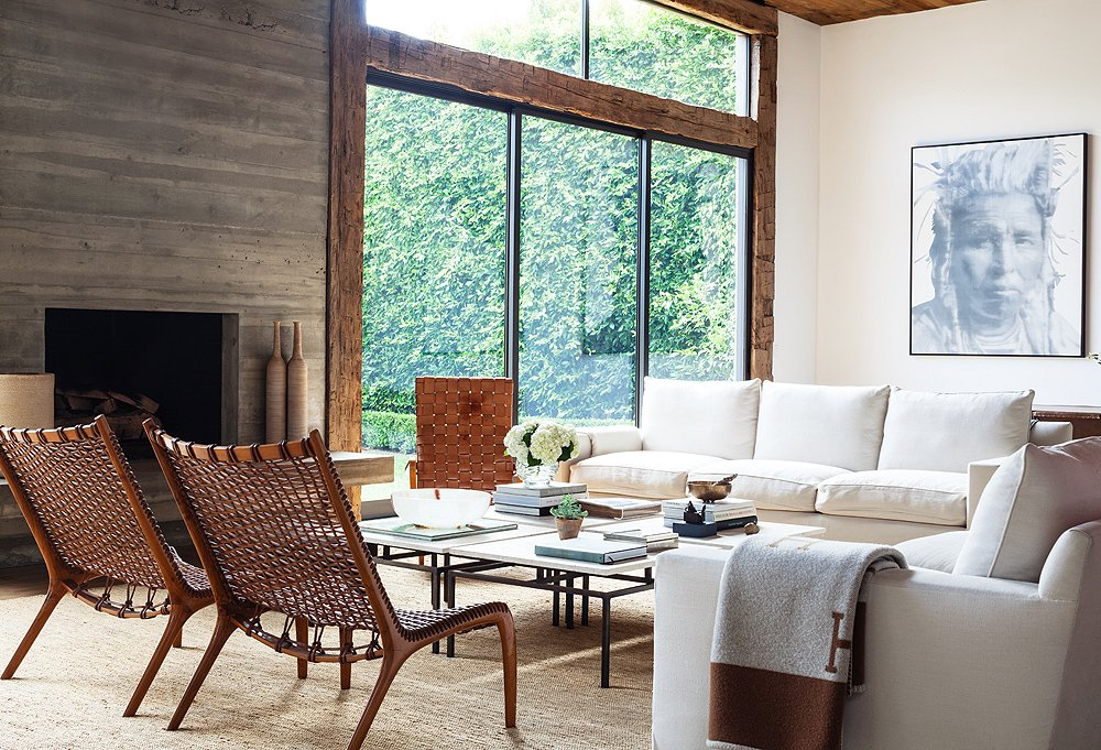 Inspired by the work of French designer Christian Liaigre, Kayne sourced all the wood in the home from an Amish barn in Pennsylvania.