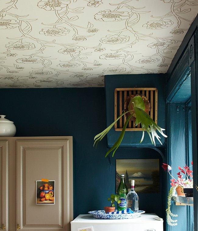 Renters Rejoice: Wallpaper That\'s Removable!