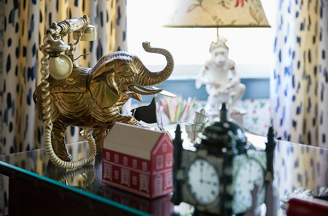 A brass elephant says hello.