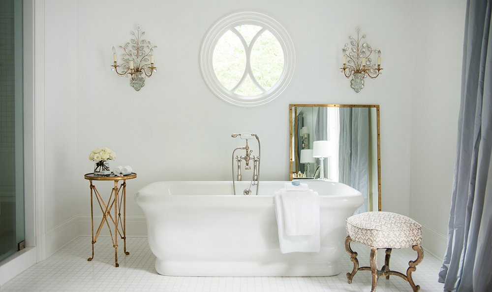 7 gorgeous all white bathrooms to inspire a refresh