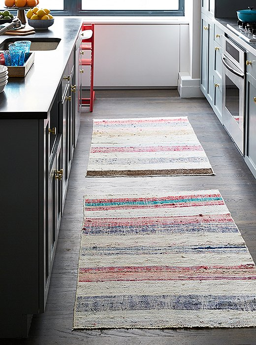 7 Creative Ideas For Decorating With Rugs