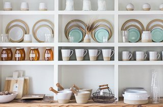 Behind The Stunning Designs Of Vermont S Farmhouse Pottery
