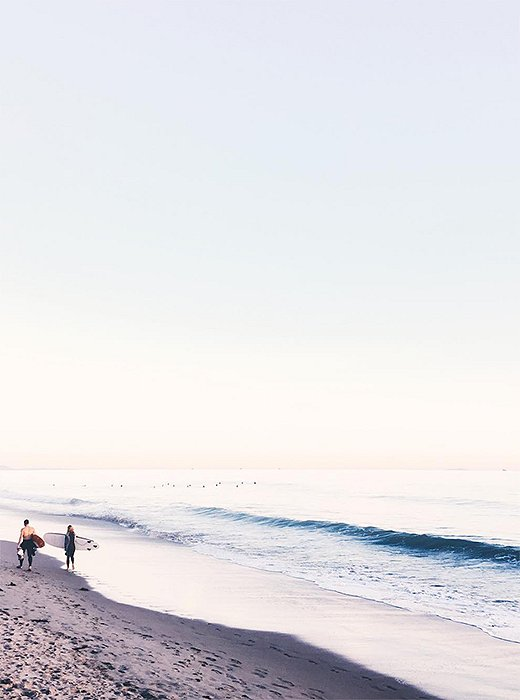 Butterfly Beach is a photographer's dream, all white sand and crashing surf. Photo by @citysage.