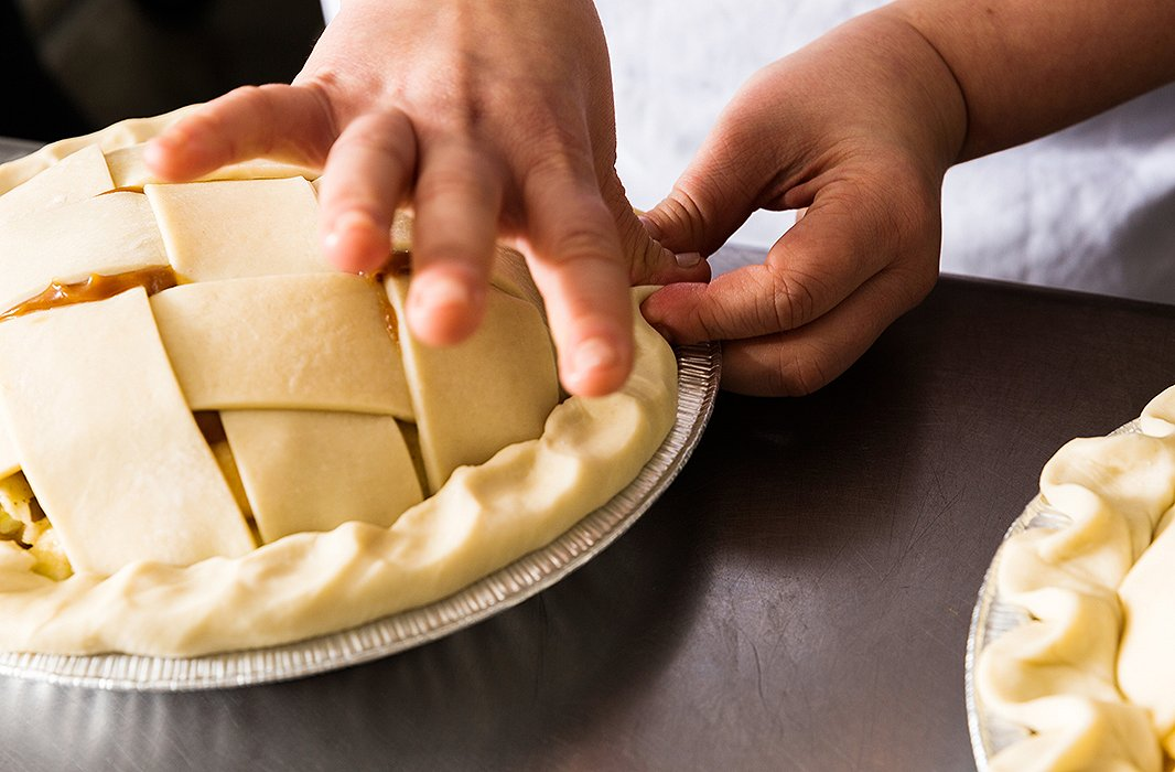 """When crimping, use your thumb and forefinger along the outside while rocking theinside of your thumb from the inside out. And be aggressive—as the bakers at Four & Twentysay, """"You need to show the crust who's boss."""""""