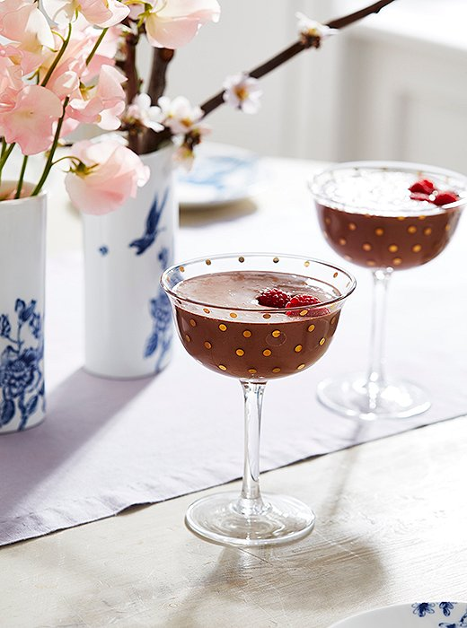 With just three ingredients, this cocktail will satisfy any adult with a major sweet tooth.