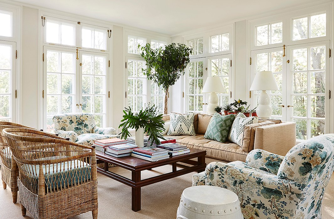 6 decorator lessons for rooms with timeless style for Green and beige living room ideas