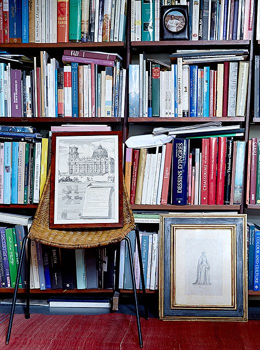 Peter reclaimed bookshelves from Italian ministries of the 1930s and '40s and filled them with his books. As well as reading a lot for work, he loves the chance to relax with everything from Jane Austen to Junot Díaz.