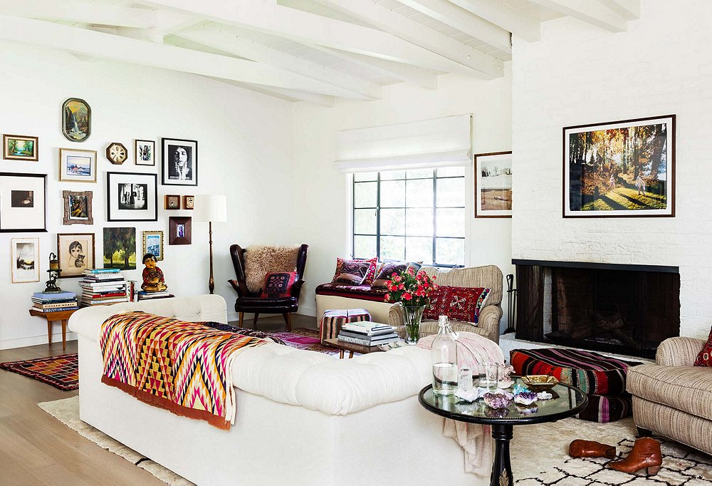 Fluffy Moroccan rugs add comfort as well as bohemian chic.