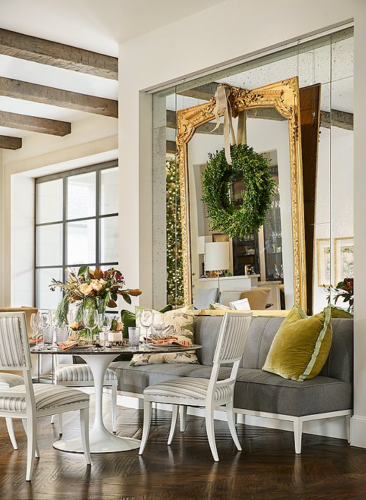 Photo by Stephen Karlisch; design by Denise McGaha Interiors