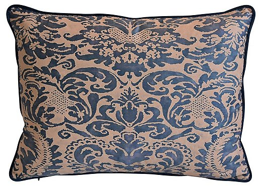 Fortuny's Corone fabric is based on a 17th-century Italian design.