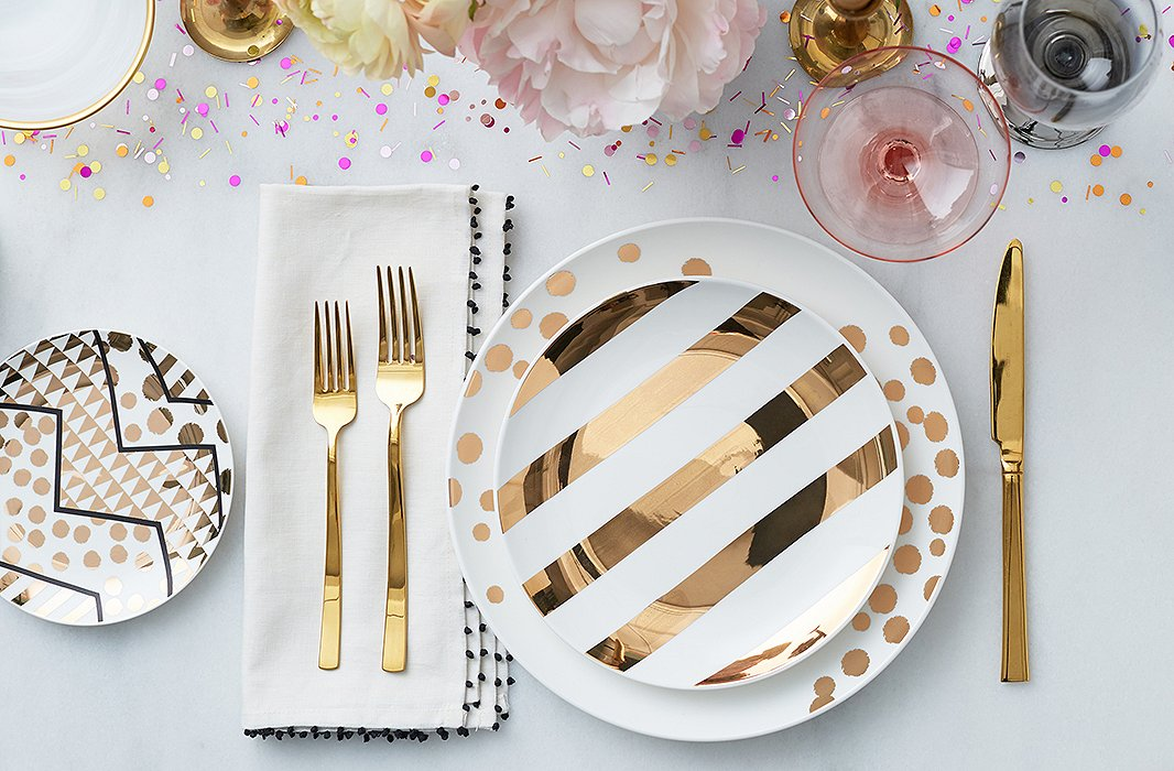 Read on for four stylish variations on a standard table setting, perfect  for everything from relaxed gatherings with friends to full-on holiday  feasts.