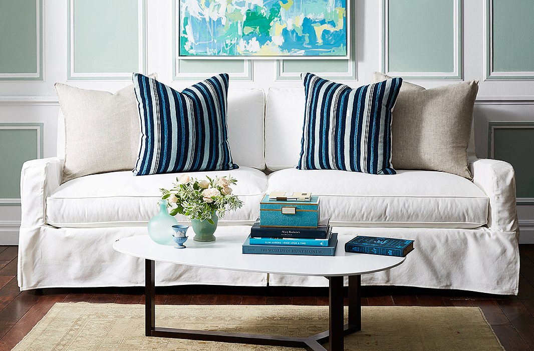 Wall Colour Inspiration: Your Guide To Styling Sofa Throw Pillows