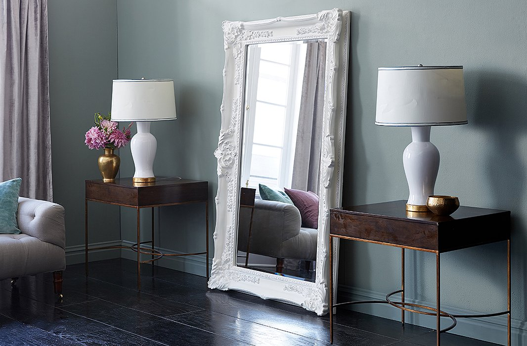 Easy ideas for decorating with floor mirrors for How to use mirrors to brighten a room