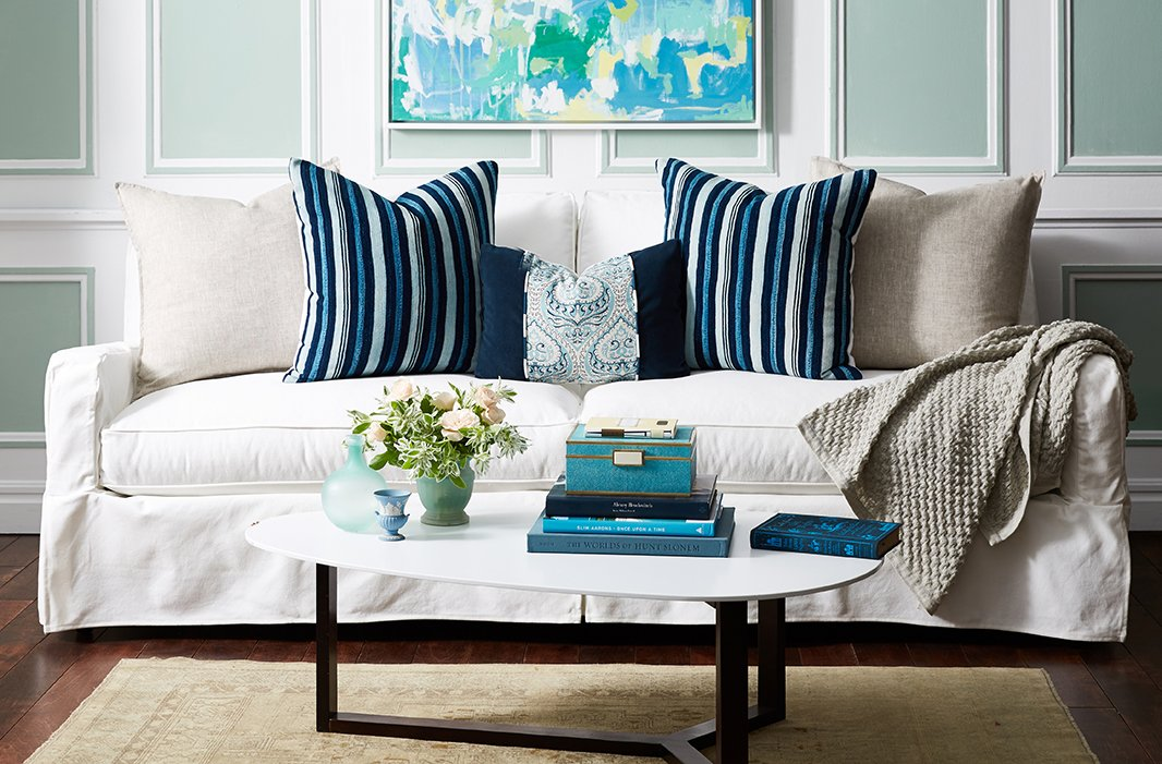 Your Guide to Styling Sofa Throw Pillows : IE5StyleYourSofaPillows080616wid1066ampopsharpen1 from www.onekingslane.com size 1066 x 701 jpeg 204kB