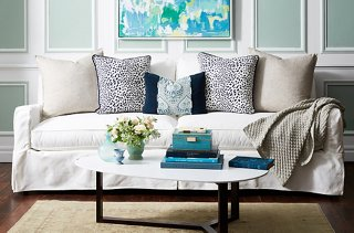 Image of: Your Guide To Styling Sofa Throw Pillows