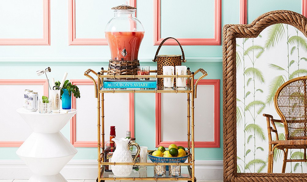 5 Things You Need for the Perfect Summer Bar