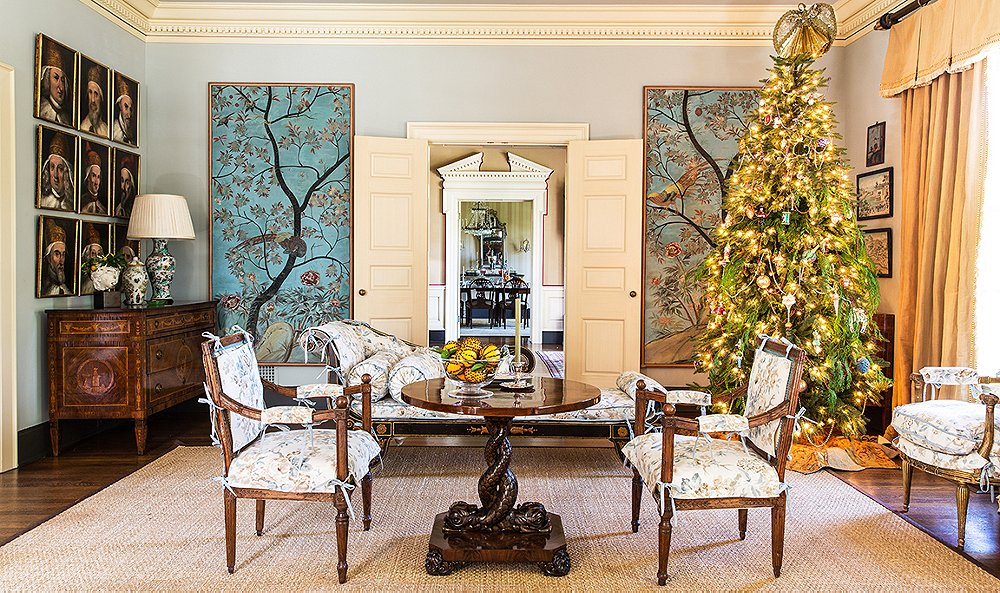 Decorator Suzanne Rheinstein Shares Tips for an Elegant Christmas