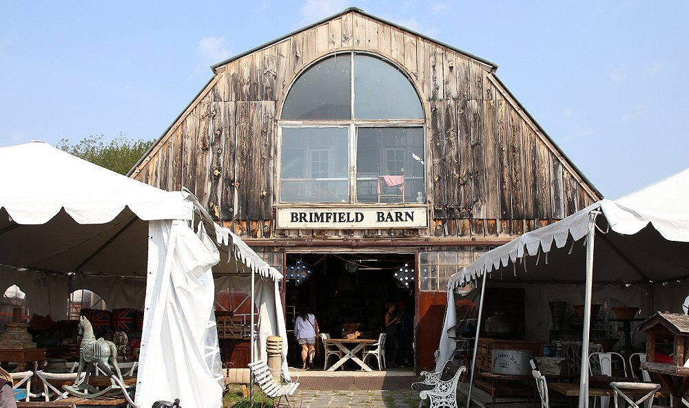 How One Kings Lane Stylists Shop the Brimfield Antique Show