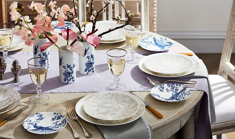 How to Host an Easy, Romantic Dinner Party