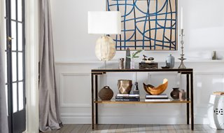Farmhouse Foyer Table Decor : A step by guide to decorating console table