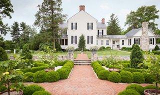 landscaping ideas to steal from a designer garden rh onekingslane com