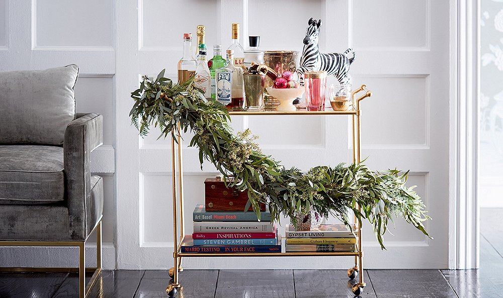 7 simple and beautiful holiday greenery ideas - Simple Ways To Decorate Your House For Christmas