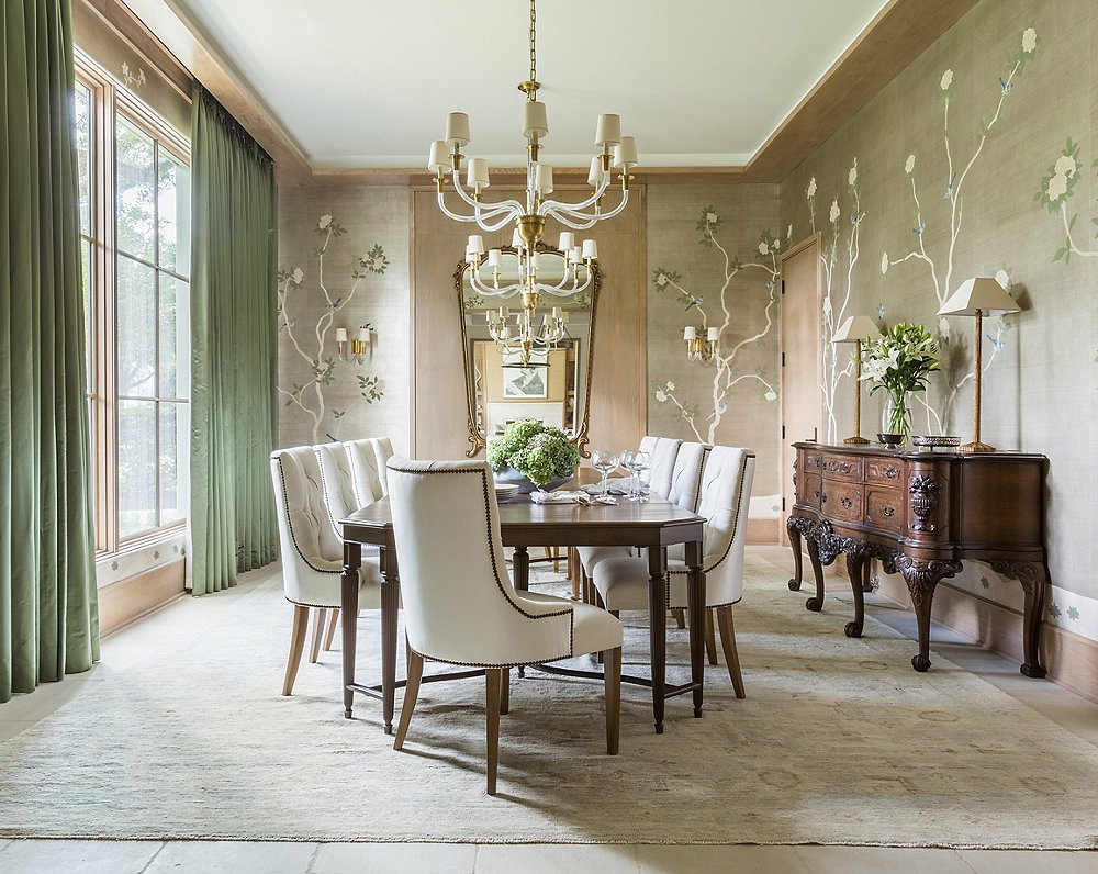 Find similar chandeliers here and sconces here. Design by Marie Flanigan; photo by Julie Soefer.