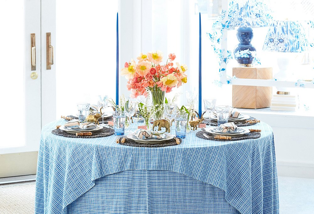 4 Pro Hosts Share Their Top Dinner-Party Tips