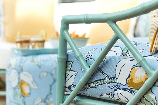 Because the cushions are covered in solution-dyed Sunbrella fabric, the colorswillnot fade in the sun.