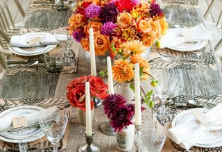 Not only is the gorgeous Blackberry Farm table setting in Southern Livingu0027s October issue the ultimate in Southern chic but it also features our new ... & Southern Living Sets a Stunning Fall Table